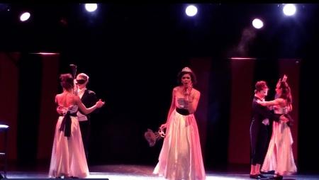 'First World Misfortune' (opening scene) | Hamburg 2013 (3)