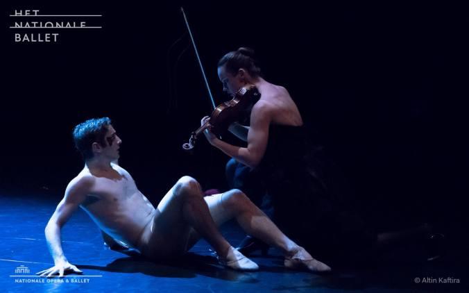 phoenix-_-with-dutch-national-ballet