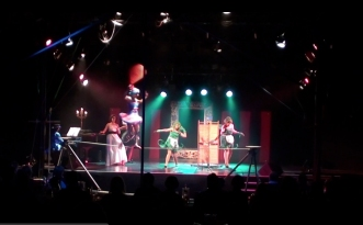'Roasting! Cooking!' from The Carnival a circus opera   live in Hamburg 2013 (9)