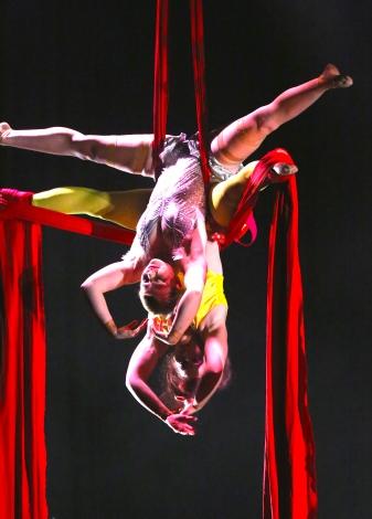 the-carnival-a-circus-opera-77