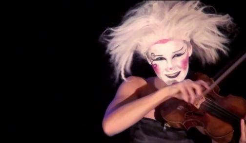 'The Phoenix' (caprice) in 'The Carnival a circus opera' | Hamburg 2013 (6)