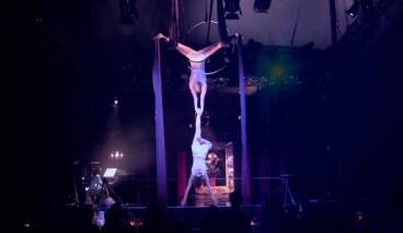 'Variations on an Epitaph' from 'The Carnival a circus opera   live in Hamburg 2013 (4)